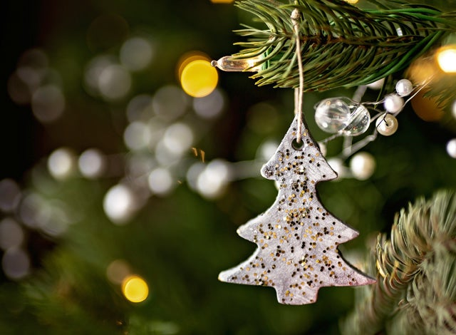 6 unique christmas tree themes - Unique Christmas Decorations