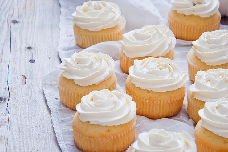 How to Make Cupcakes on the Grill