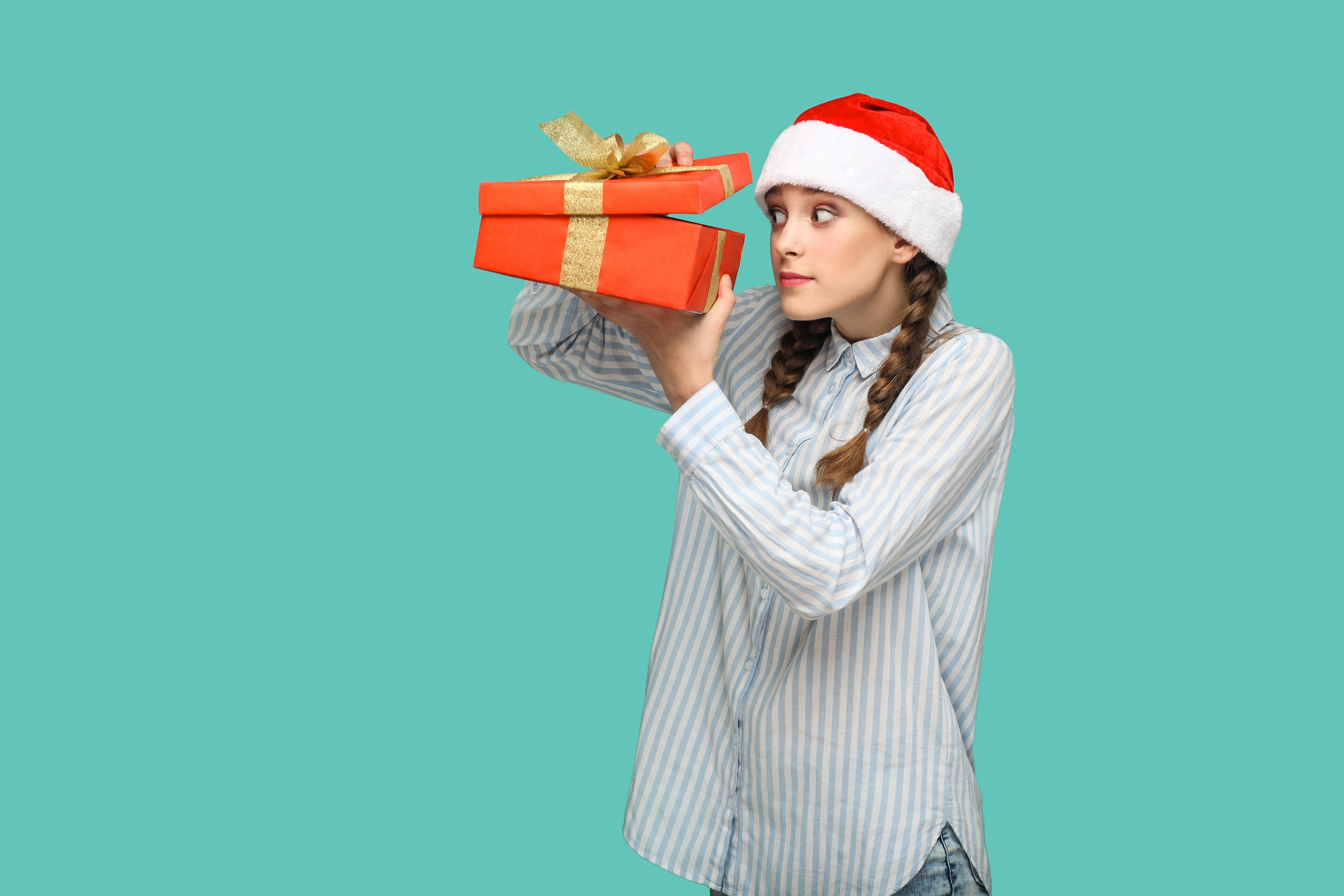 What Christmas Gifts Are Best for Teens This Holiday?