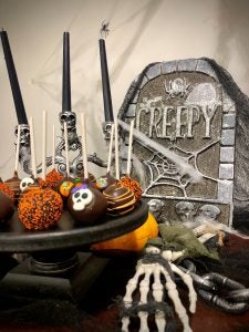Cake pops with Halloween display