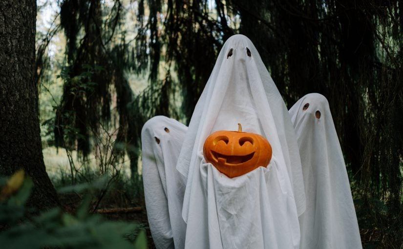 Ghosts with Jack-o-lanterns