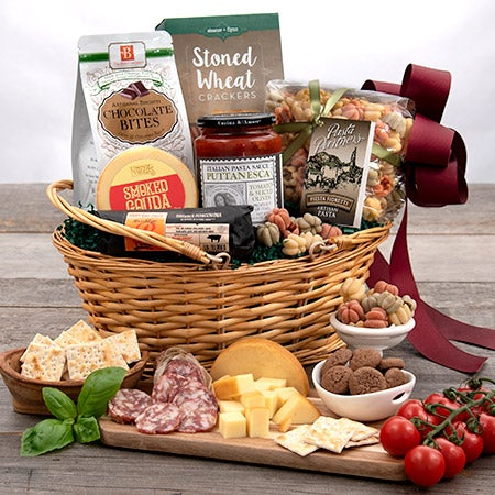 Italian gift baskets on table in tuscany italian gift basket jpg
