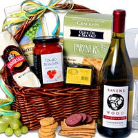 Ravenswood White Wine Gift Basket™ (5086)