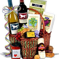 Wild Horse Duo - Wine Gift Basket (5088)