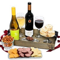 Wine Party Picnic Gift Basket - Ravenswood Duo