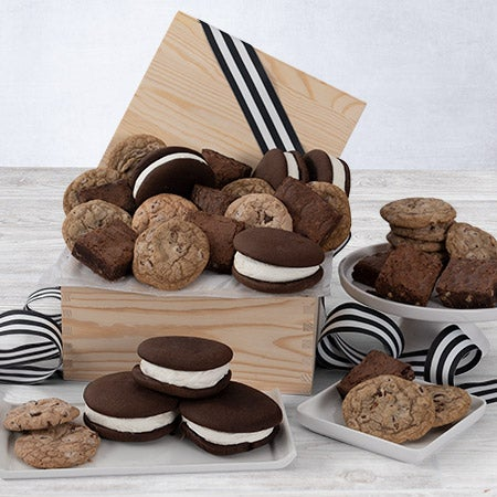 Baked goods premium gift basket by for Homemade baked goods for christmas gifts
