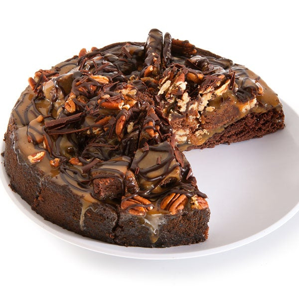 Chocolate Pecan Cluster Cake