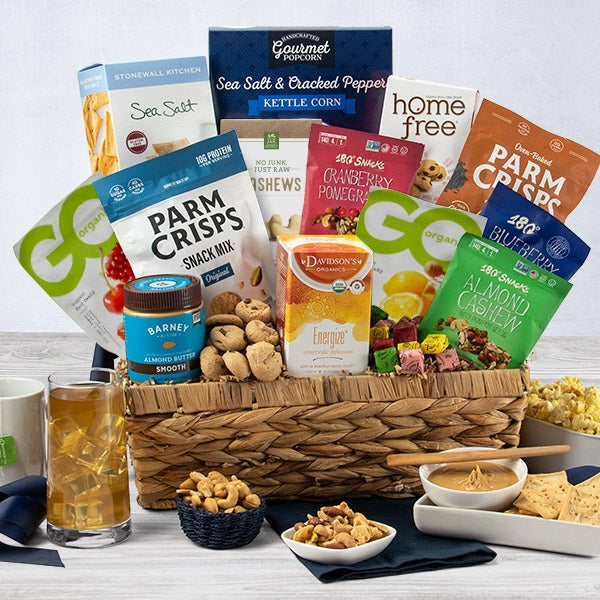 Healthy Christmas Gift Basket by GourmetGiftBaskets.com