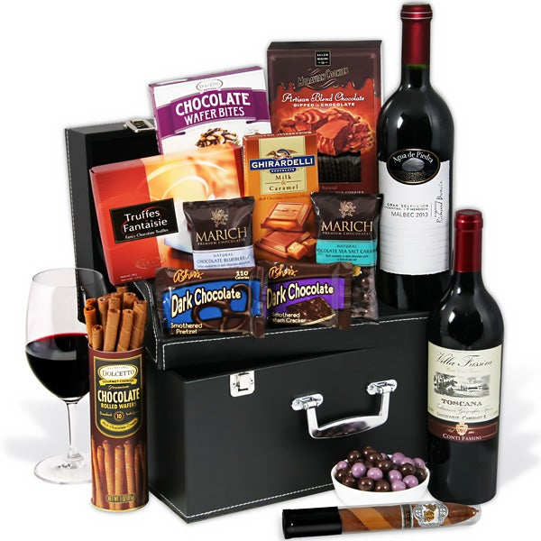 Red Wine & Dark Chocolate Suitcase with Torito Lite Cigar