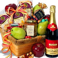 Peak Of The Harvest™ - Fruit Gift Basket - (RETIRED) (4405)