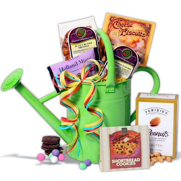 english watering can gardening gift basket