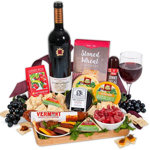 Artisan Meat & Cheese Platter with Red Wine 4363