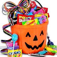 Candy-O-Lantern Halloween Gift Basket (4755)