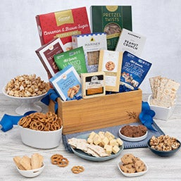 International Snack Gift Basket - Classic (1998)