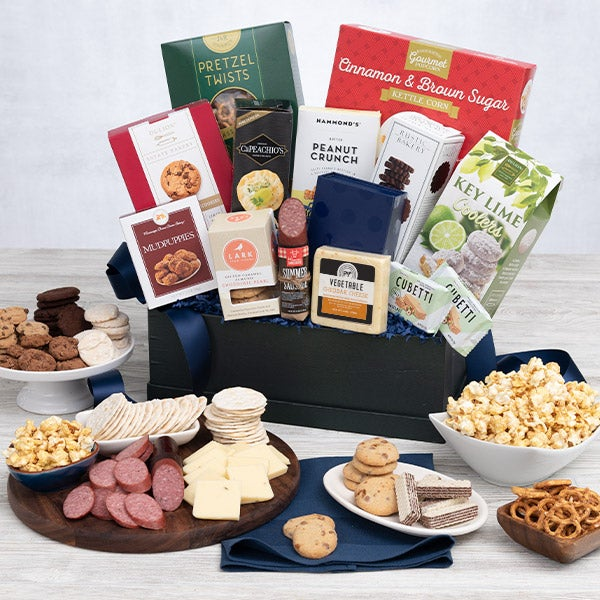 International Snack Gift Basket - Premium