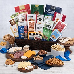 International Ultimate Snack Gift Basket (1995)
