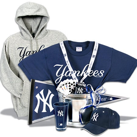 Purchase New York Yankees Gift Basket Deluxe Affordable Offer Review