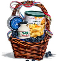 Taste of New England Breakfast Gift Basket™ (5526)