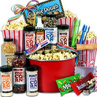 Popcorn Lovers/Night At The Movies Gift Basket Premium (5002)