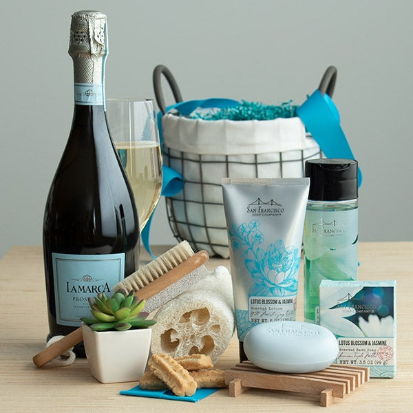 Premium Spa Gift Basket by GourmetGiftBaskets.com