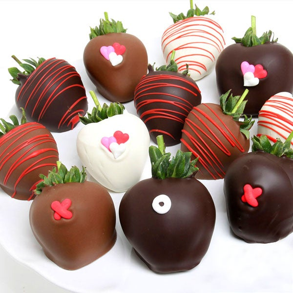 Hugs & Kisses Strawberries