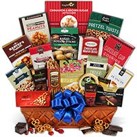 Snack & Chocolate Gift Basket - Deluxe