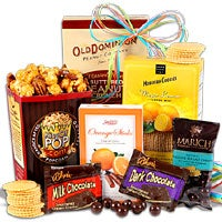 Snack and Chocolate Gift - Stack (4100)