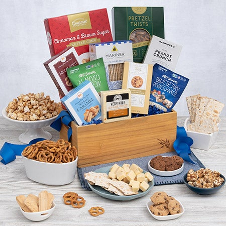 Made with only the finest kosher foods our Kosher Gift Baskets are an easy way to give fantastic gifts that adhere to even the strictest guidelines.