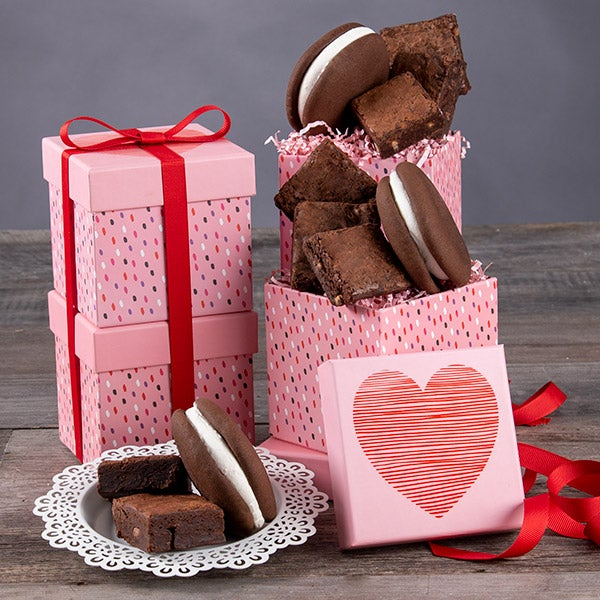 valentines day gift tower - Valentines Day Gift Basket Ideas